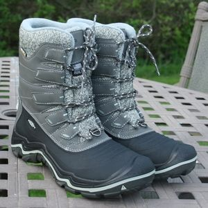 KEEN POLAR SHELL 8.5 Woman's Outdoor Boot NEW